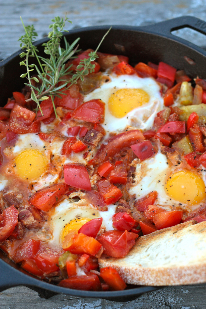 Tomato-and-Egg-Camp-Skillet-www.countrycleaver.com_