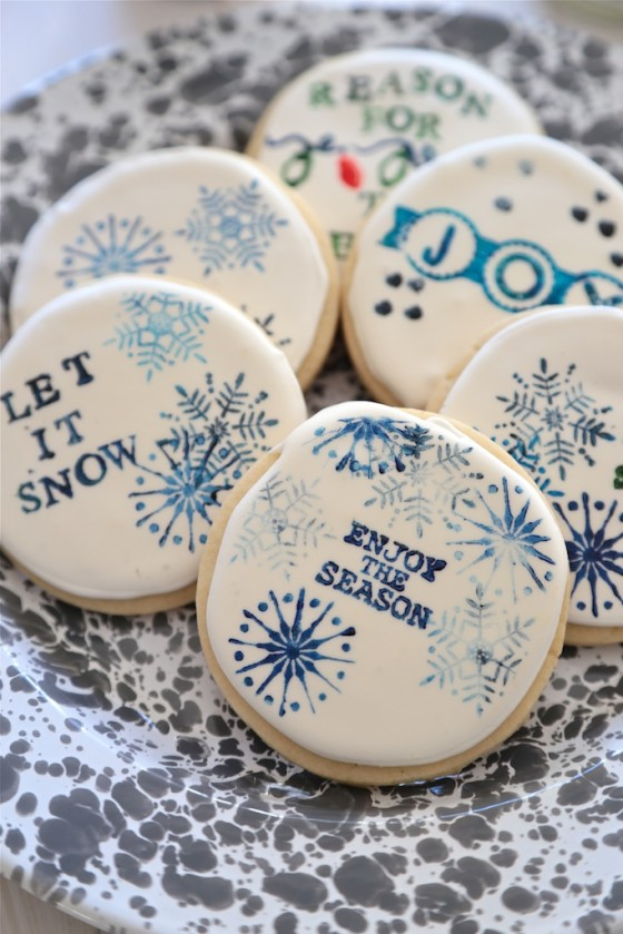 Stamped Sugar Cookies & 100 of the best cookie recipes for Christmas | PasstheSushi.com