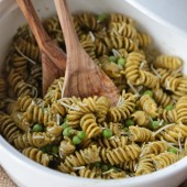 {Spring Pea Pesto Pasta Salad} Quick, easy and perfect for a light and healthy lunch or picnic - www.countrycleaver.com