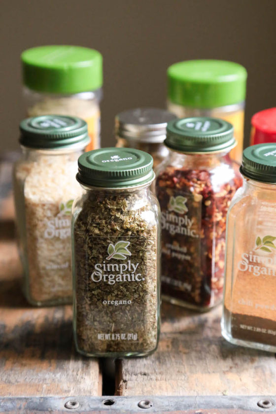 Amazing Homemade Taco Seasoning - So easy, preservative free, and all natural! - www.countrycleaver.com